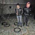 На Житомирщині затримали чоловіків, які крали кабель на даху багатоповерхівки.ФОТО