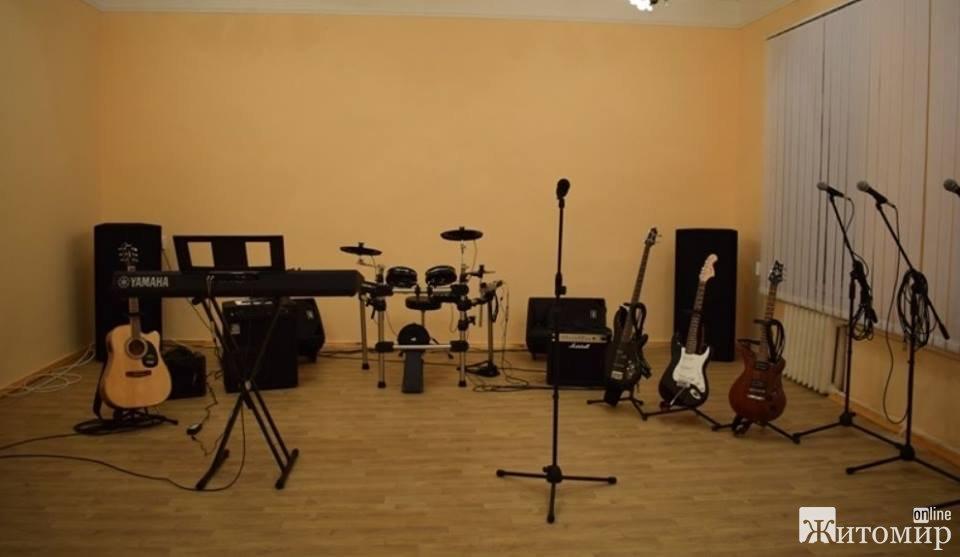 У Житомирському військовому інституті відкрили сучасну музичну студію