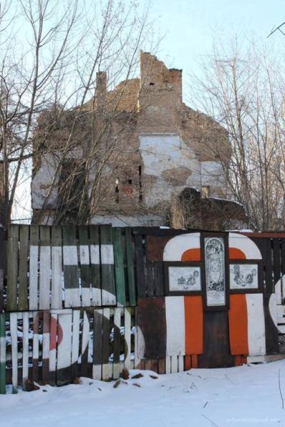 Обережно, аварійні стіни: У Житомирі руйнується одна з найвеличніших пам'яток архітектури. ФОТО