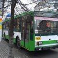 У Житомирі 7-річний хлопчина тривалий час їхав у тролейбусі сам, а потім повідомив кондуктора, що забув домашню адресу