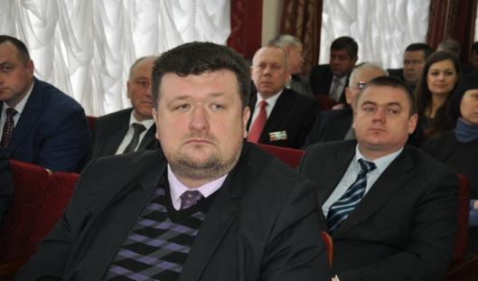 Заступник голови Житомирської ОДА отримав за 2017-й удвічі більшу зарплату і досі їздить на причепі