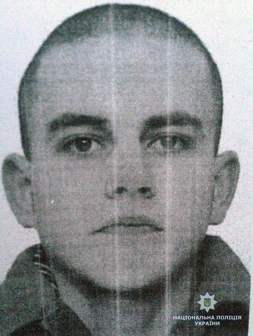 Житомирські поліцейські розшукують засудженого за вбивство чоловіка, який нещодавно втік з колонії