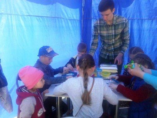 На Михайлівській пройшли Другі наукові пікніки в Україні. ФОТО