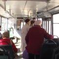 Вулицями Житомира курсував тролейбус без кондуктора. Водії і пасажири скаржаться