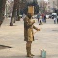 Негайно сюди: Михайлівську вперше за тривалий час навідали професійні вуличні актори. ФОТО