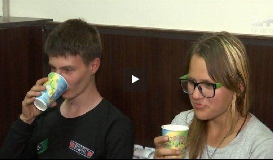 Коростенських підлітків, що втекли разом через заборону зустрічатися, знайшли на одеському ринку
