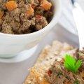 Дyже смaчний печiнковий паштет стaне однією з улюблeних закусок у вашій родині: простий рецепт
