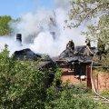 На пожежі в Бердичеві врятували жінку