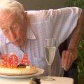 104-річний вчений приїхав в іншу країну за евтаназією: якими були його останні слова