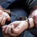 """Житомирські правоохоронці """"зловили"""" 27-річного чоловіка, який регулярно обкрадав місцеві магазини, деякі – двічі"""