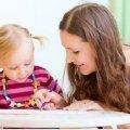 Держава компенсує родинам гроші на няню для догляду за дитиною