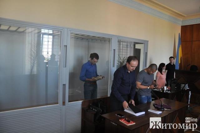 Русский язык адвоката  Муравицкого стал поперек горла прокурору. ФОТО. ВІДЕО