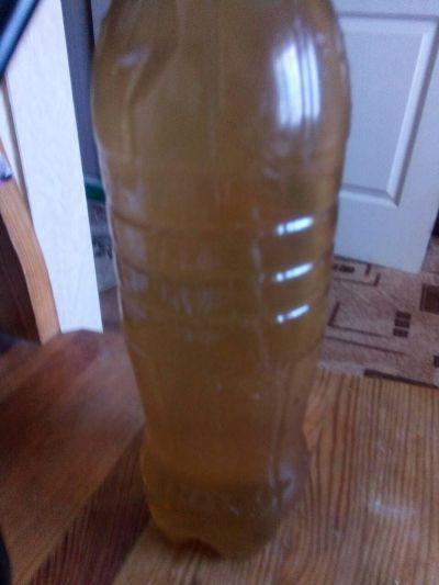 Що тече з кранів мешканців мікрорайону Паперова фабрика у Житомирі - вода, чи все ж таки, нерафінована соняшникова олія?