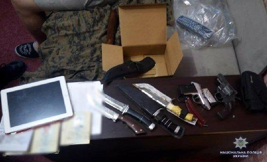Житомирського поліцейського намагались підірвати у власному автомобілі