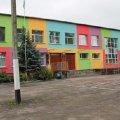 """У Романові об'єднають дві діючі школи: працівників однієї """"вивільнять"""", а приміщення передадуть у комунальну власність"""