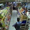 28-річний житомирянин з магазину на АЗС вкрав жувальні гумки й драже на 355 грн