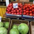 """Сьогодні на Житньому ринку ми купили """"абрикоски"""" та """"черешеньку"""". ФОТО"""