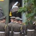 У Житомирі курсанти військового інституту влаштували демарш через зашиті радянські прапори