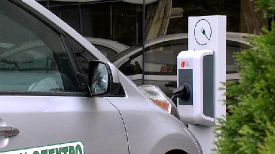 У Житомирі може з'явитися заправка для електрокарів у дворі житлового будинку