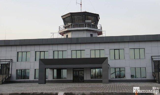 Чи потрібен комусь аеропорт у Житомирі?