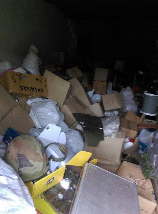 У Житомирі з гаража волонтерки вкрали допомогу для бійців на передову