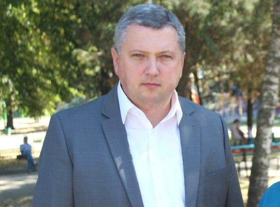 У Бердичівському районі банда злочинців пограбувала родину депутата, катуючи жертв гарячою праскою, – ЗМІ