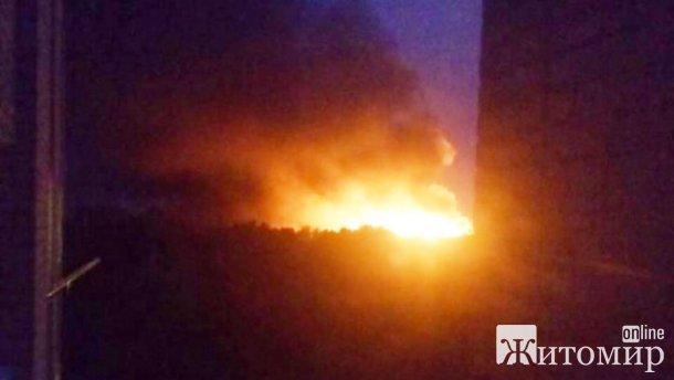 У Коростенському районі загорілась господарча будівля