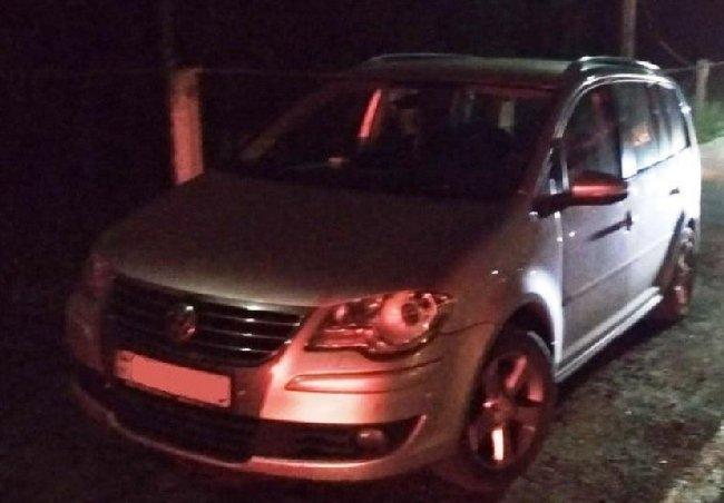 Житомирські прикордонники затримали вкрадений у Швеції автомобіль, який знаходився у розшуку Інтерпол