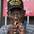 В США обокрали самого старого ветерана войны
