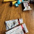 У Житомирі продають цукерки «пташине-молоко»-обманку. ФОТО