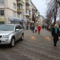 Житомирянин просить місцеву владу заборонити паркування у зелених зонах