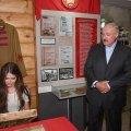"""Лукашенко запропонував """"Міс Білорусь-2018"""" очолити колгосп"""