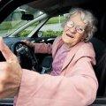 У Канаді пенсіонерка викрала авто і зрозуміла це лише через 2 тижні