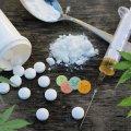 У Андрушівці 19-річна жителька переносила згорток наркотичної речовини