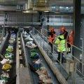 Представники іноземних інвесторів, які хочуть будувати сміттєпереробний завод, презентували свій проект депутатам міськради