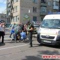 На перехресті в центрі Житомира легковик збив дідуся