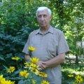 Тарас Шавула видав книгу про медицину Олевщини