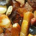 На Житомирщині правоохоронці знайшли підпільний цех з 6 кг бурштину