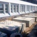 На стадіоні «Полісся» кладуть плитку та встановлюють огорожі. ФОТО