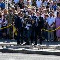 На військовому параді під час виступу Порошенка знепритомнів солдат. ВІДЕО