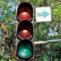 Житомиряне обеспокоены стрелками поворота направо на светофорах - это небезопасно для пешеходов