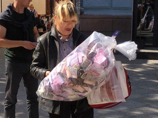 """У Житомирі відбулась прес-конференція """"Рахунок від держави для житомирян"""". ФОТО"""
