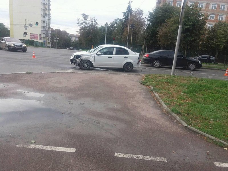 На перехресті «Дружба» в Бердичеві трапилась ДТП з потерпілим