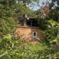 В Житомире лопнувший газовый баллон пожарным удалось вытащить из горящего дома за секунды до взрыва. ФОТО