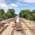 Проводяться ремонтні роботи мосту, який проходить через річку Тетерів в Радомишльському районі