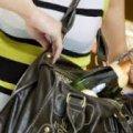 Студентка у Житомирі вкрала з магазину продукти харчування