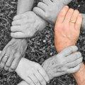 СЕКРЕТ СЕМИ ПОКОЛІНЬ РОДУ: НАВІЩО ПОТРІБНО ЗНАТИ СВОЇХ ПРЕДКІВ?