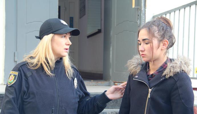 16-річна дівчина, яку поліція та рідні шукали у Житомирі, просто розважалася зі своїми друзями