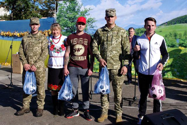 Населені пункти Житомирщини 14 жовтня славно відзначили державне, релігійне та самоврядні свята. ФОТО
