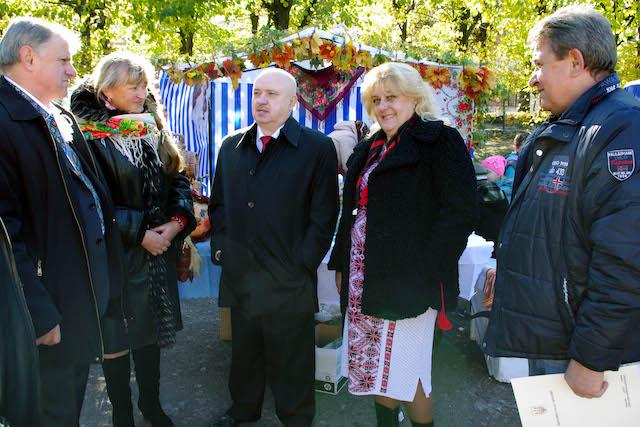 Населені пункти Житомирщини 14 жовтня славно відзначили державне, релігійне та самоврядні свята. ФОТ ...